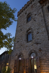 Volognano - the castle by night