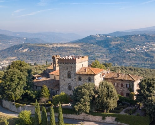 Castle accomodation in Tuscany chianti
