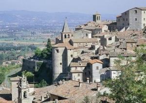 tuscany towns near arezzo