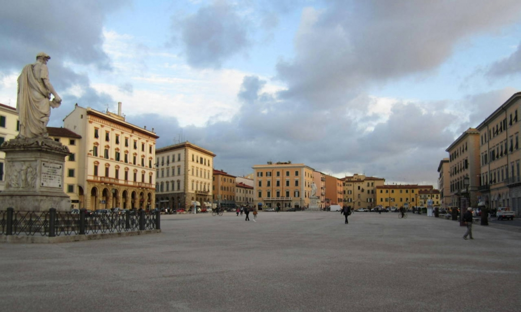 Repubblica square Livorno (FILEminimizer)
