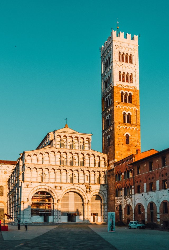 travel tours from lucca