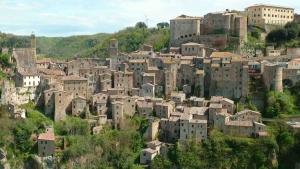 sorano - Tuscany Pictures