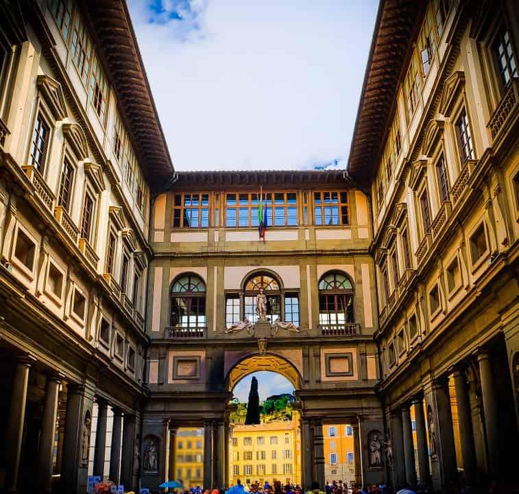 Capoluogo toscano: Galleria degli Uffizi