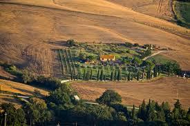 Tuscany drive-Val