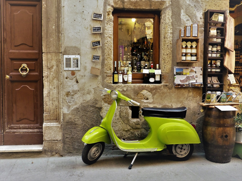 vespa - chianti wine tour from siena