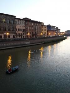 river - best hotels in Pisa